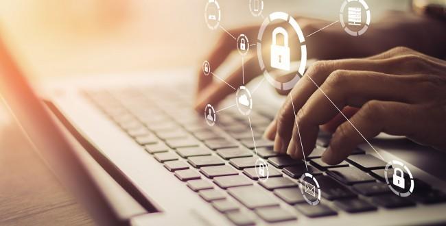 Agencia gubernamental protege la calidad del servicio de voz y vídeo, moderniza el centro de datos